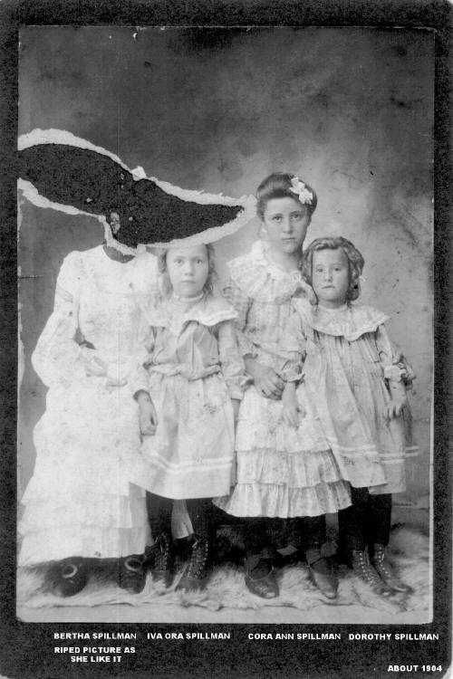 Henry Spillman Daughters - Bertha-Iva-Cora-Dorothea - 1904